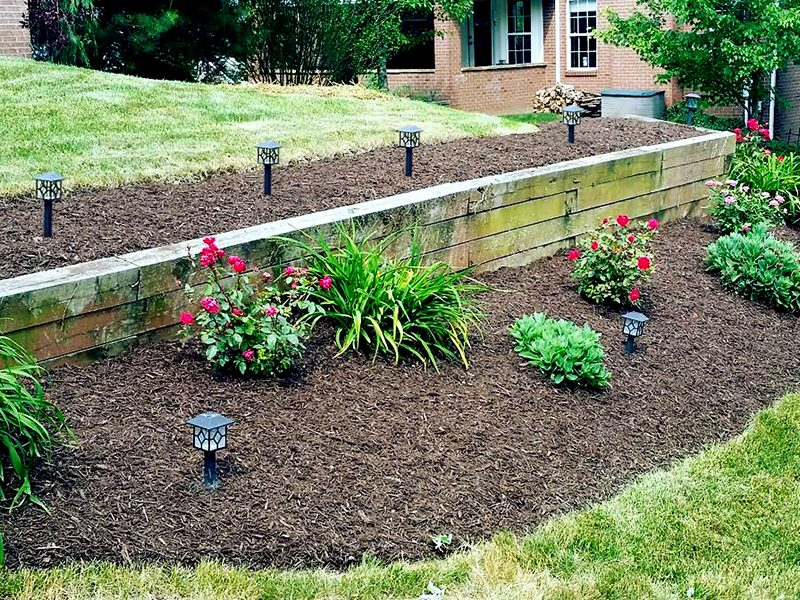 Pittsburgh Pennsylvania Plants and Mulch Beds
